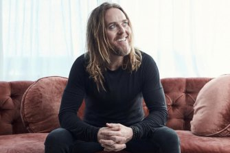 Tim Minchin is among hundreds of performers supporting the new #VaxTheNation campaign.