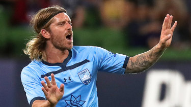 Luke Brattan is staying put at Sydney FC for at least the next two seasons.