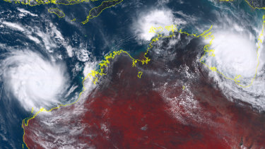 Cyclone Veronica, off the Pilbara coast, and Cyclone Trevor in the Gulf of Carpentaria are likely to batter large areas of northern Australia over the weekend.