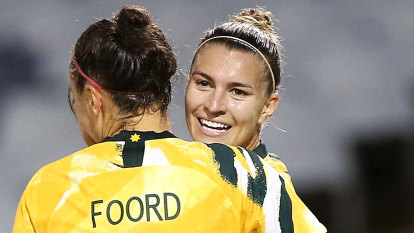 Matildas star Steph Catley signs for Arsenal