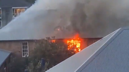 Bondi Beach school closed after fire, students to be bused to Bellevue Hill
