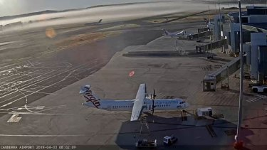 Flights at Canberra Airport have been cancelled and delayed due to fog in Sydney.