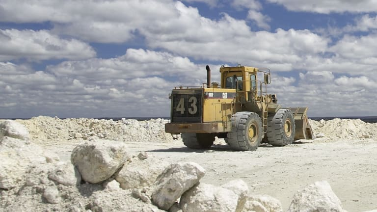 The new Kemerton plant will be fed lithium from the nearby Greenbushes mine.