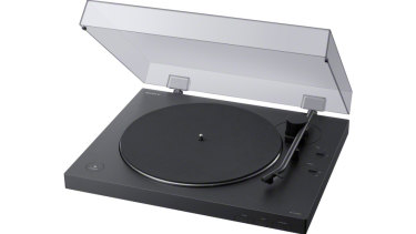 The PS-LX310BT is a simple but good-looking turntable.