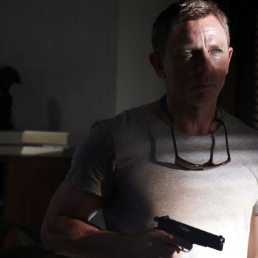 Daniel Craig was offered $US25 million plus a percentage of profits to play Bond for the fifth time.