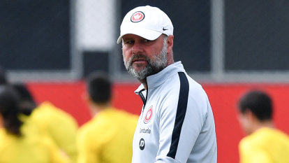 Wanderers freefall compounded by 'rift' around assistant coach
