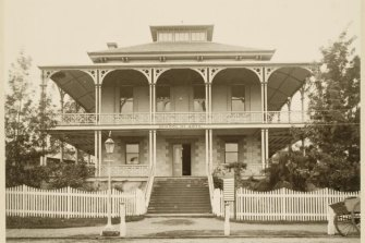 The former servants' home, now the Brisbane School of Arts, photographed in 1879.