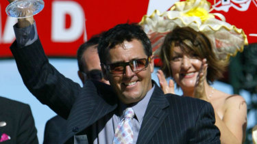 Lindsey Smith intends to apply to train out of banned trainer Darren Weir's former Warnnambool satellite stables.