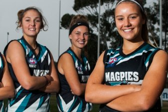 Maggie Gorham (centre), with teammates who qualified for the ACT/NSW Rams squad in 2016, before she gave the game away.