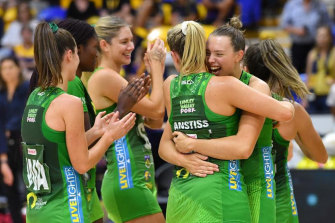 """The West Coast Fever claim the Melbourne Vixens """"refused"""" to get onto a flight to Perth."""