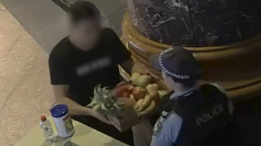 A man arrived at the Sheraton in Sydney's Hyde Park on Thursday, carrying a fruit box which he claimed to be delivering to a man inside the hotel.