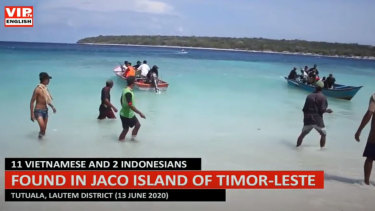 A boatload of young Vietnamese bound for Australia landed in Timor-Leste on Friday.