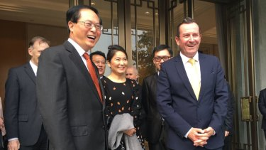 Premier Mark McGowan celebrates the 30th anniversary of the WA-Zhejiang sister-state relationship with Province Communist Party Secretary Che Jun on November 10, 2017.