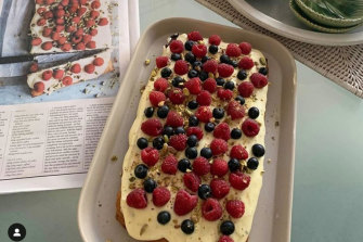 Raspberry, pistachio & lime traybake. Great for dessert.
