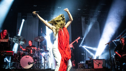 Maggie Rogers summons visions of Kate Bush and Stevie Nicks