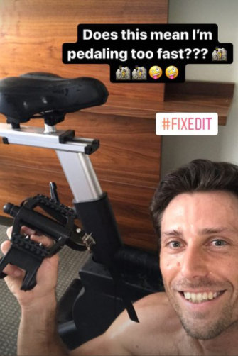 New Zealand's Artem Sitak documents his running repairs to an exercise bike in his hotel room on social media.