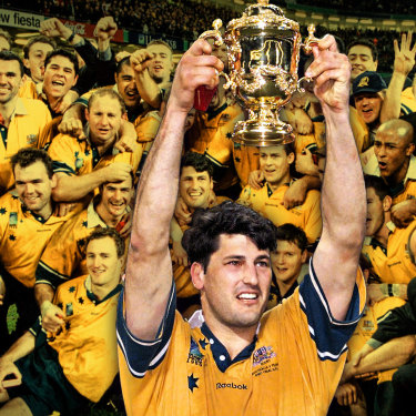 The Wallabies following their victory over France in the 1999, Inset Captain John Eales Raises The William Webb Ellis Trophy.