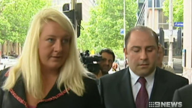 Nicola Gobbo with Tony Mokbel outside a court in 2004.