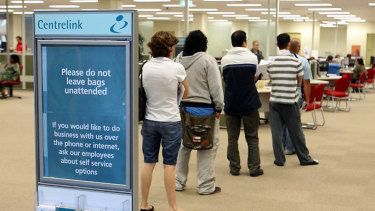 Aaccording to community groups, delays are increasingly common for all sorts of Centrelink payments.