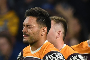 Broncos players react after conceding a try against the Eels at Bankwest Stadium in Sydney on Sunday.