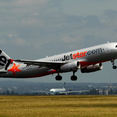 Jetstar will be getting new aircraft to start to replace its aging A320s.