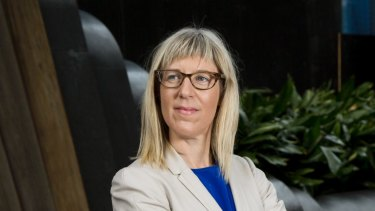 Former Fair Work Ombudsman Natalie James called on the federal government to deliver clearer advice on mandatory jabs, which it has now done in part.