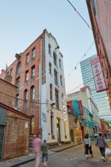 11 Heffernan Lane has been leased.