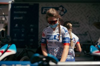 Australian cyclist Lauren Kitchen broke her collarbone in a mid-year crash last season and required surgery but concussion symptoms are what really threw her.
