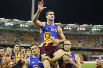 Brisbane Lions champion Jonathan Brown  finishes his career as one of the games best centre half forwards.