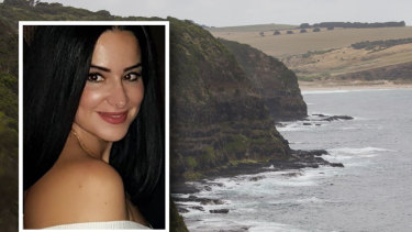 Friends are mounring 45-year-old Aida Hamed after she drowned on the Peninsula.