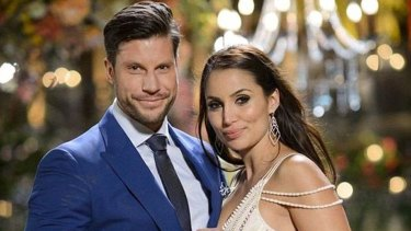 Sam Wood and Snezana Markoski  on The Bachelor finale in 2015.