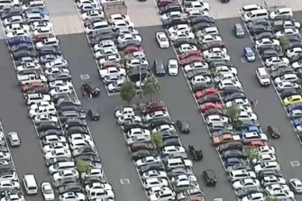 The car parks at Chadstone are packed and the roads around the shopping centre are rammed.