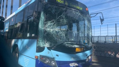 Peak hour bus crash on Harbour Bridge causes traffic woes