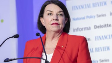 Anna Bligh called on the next elected government to introduce a banking reform bill within 100 days.