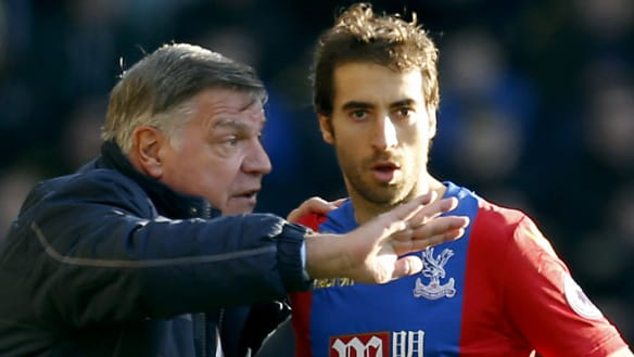 Roar move on from Mathieu Flamini pursuit