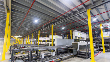 Catch Group's new warehouse in Truganina features a Knapp multi-shuttle packing system.
