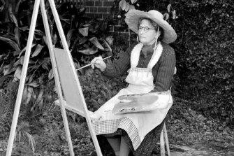 Grace Cossington Smith working in her Turramurra garden in 1958.