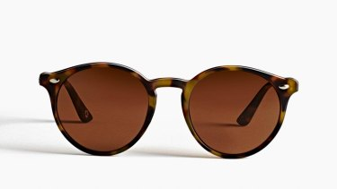 Szade's sunnies are made from old pairs.