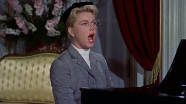 Doris Day performs Que Sera Sera in the Alfred Hitchcock movie The Man Who Knew Too Much.
