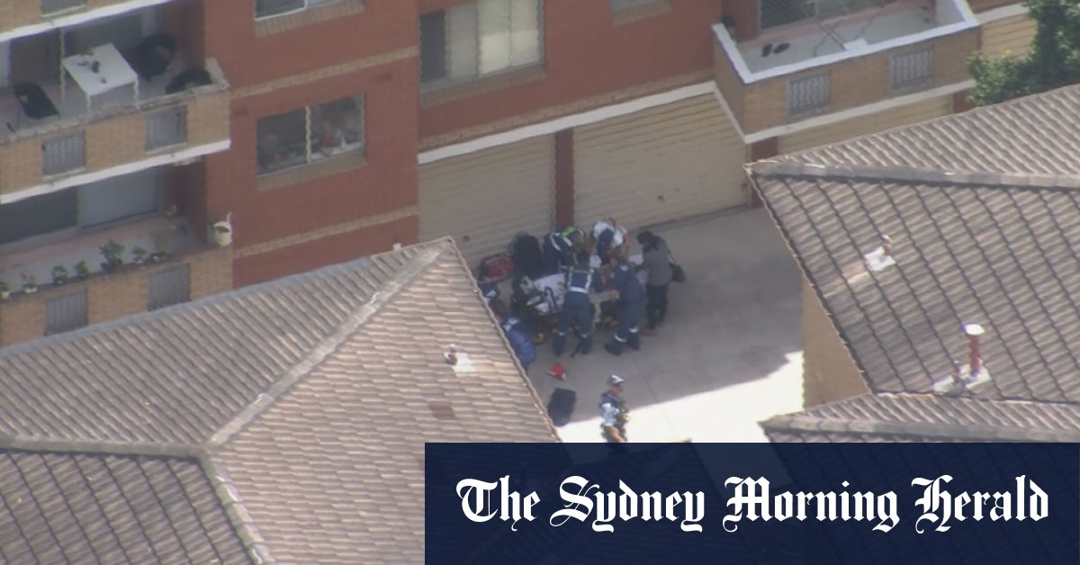 Boy 4 taken to hospital after falling from unit window in Sydney – Sydney Morning Herald