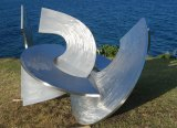 Inge King, <i>Link II</i>, 2007-08 in Sculpture by the Sea 2016