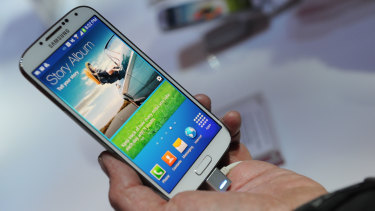 Security flaw: Samsung Galaxy S4.