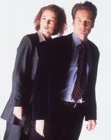 Gillian Anderson and David Duchovny in the original 1990s  series.
