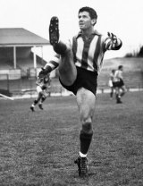 The late Laurie Dwyer trains for North Melbourne in 1967.