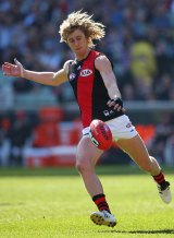 Dyson Heppell has re-signed with the Bombers.
