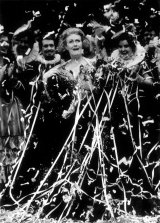 Dame Joan Sutherland is covered in streamers as the Opera House audience says farewell.