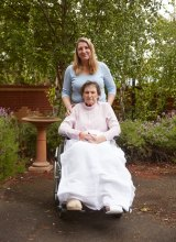 72-year-old peritoneal mesothelioma sufferer Joan Behrend with her daughter, Irene.