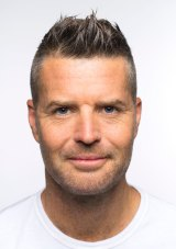 Pete Evans has been ribbed on social media about his diet of activated almonds, which are soaked in water to force germination.