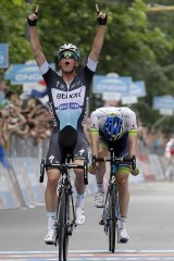 Belgian Iljo Keisse, of Etixx-Quick-Step, pips Australian ORICA-GreenEDGE rider Luke Durbridge to win the last stage of the Giro d'Italia in Milan on Sunday.
