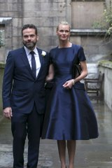 Lachlan and Sarah Murdoch arrive at the weddng.